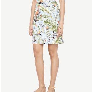 Ann Taylor Tropical print safari skirt size 6